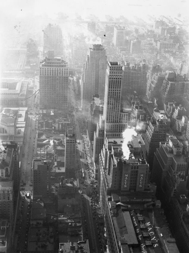 Over Broadway, circa 1935. (Getty Images)