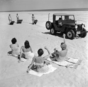 Sun bathers on a beach near Southampton circa 1955. (Evans/Three Lions/Getty Images)