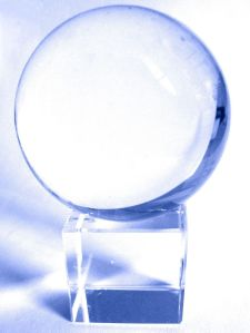 1024px glaskugel crystalball Seasoned Lenders and Brokers Give Their Outlook for 2015