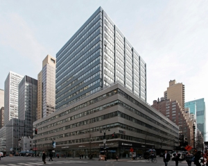 711 Third Avenue (Photo: CoStar).