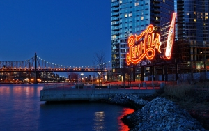 Long Island City's Pepsi-Cola sign (Photo: Dianne Rosete/Flickr).