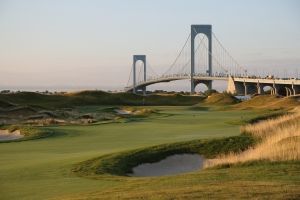 The golf course at Ferry Point—now Trump Golf Links at Ferry Point—which was more than 30 years in the making, finally opened in April 2015 after the Trump Organization took over the development in 2012. Former professional golfer Jack Nicklaus designed the course.