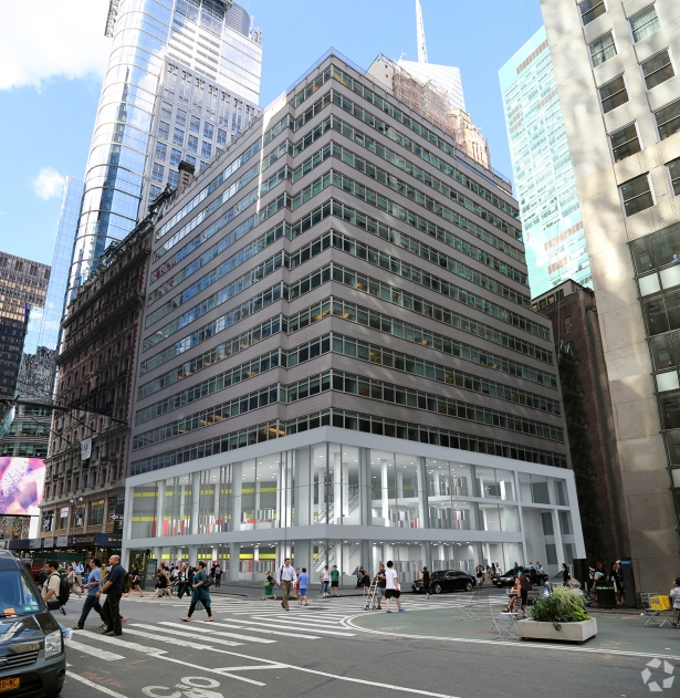 Mr. Gelber arranged Foot Locker's flagship store at 1460 Broadway (Photo: CoStar Group).