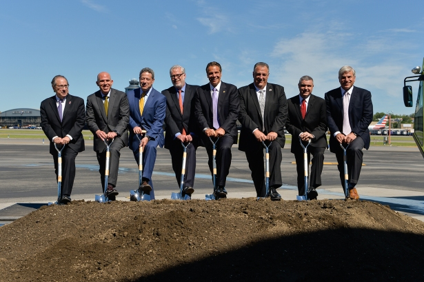 JCuomo, center, breaking ground on the new Terminal B with Port Authority and construction officials (Photo: Port Authority of NY & NJ/Flickr).