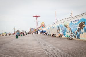 Coney Island boardwalk still features the landmarked Parachute Jump. (Photo: Kaitlyn Flannagan for Observer.)