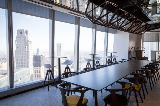 Tenants can take in the views from the 64th floor while grabbing a cup of coffee. Photo: Kaitlyn Flannagan/Commercial Observer