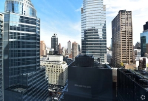 110 east 59th street photo costar group Estée Lauder Renews Over 400K SF of Leases in Midtown East [Updated]
