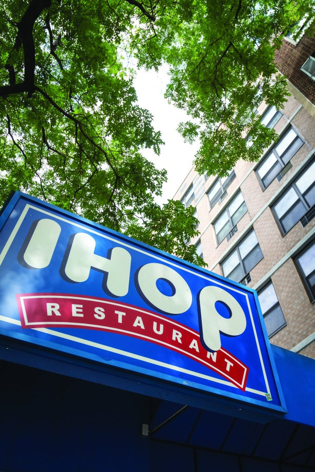 img 2950 With Restaurant Jobs Surging, Why Are Applebees and IHOP Stumbling?