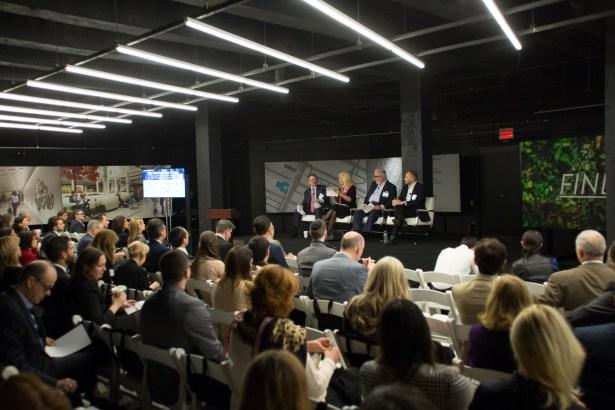 2ndretailforum  29 CO Retail Forum: Adapt or Die, Warn Brokers