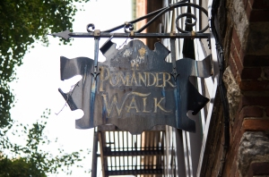 pomanderwalk 3 Keeping It Private: Homeowners Struggle With Life on NYCs Private Streets