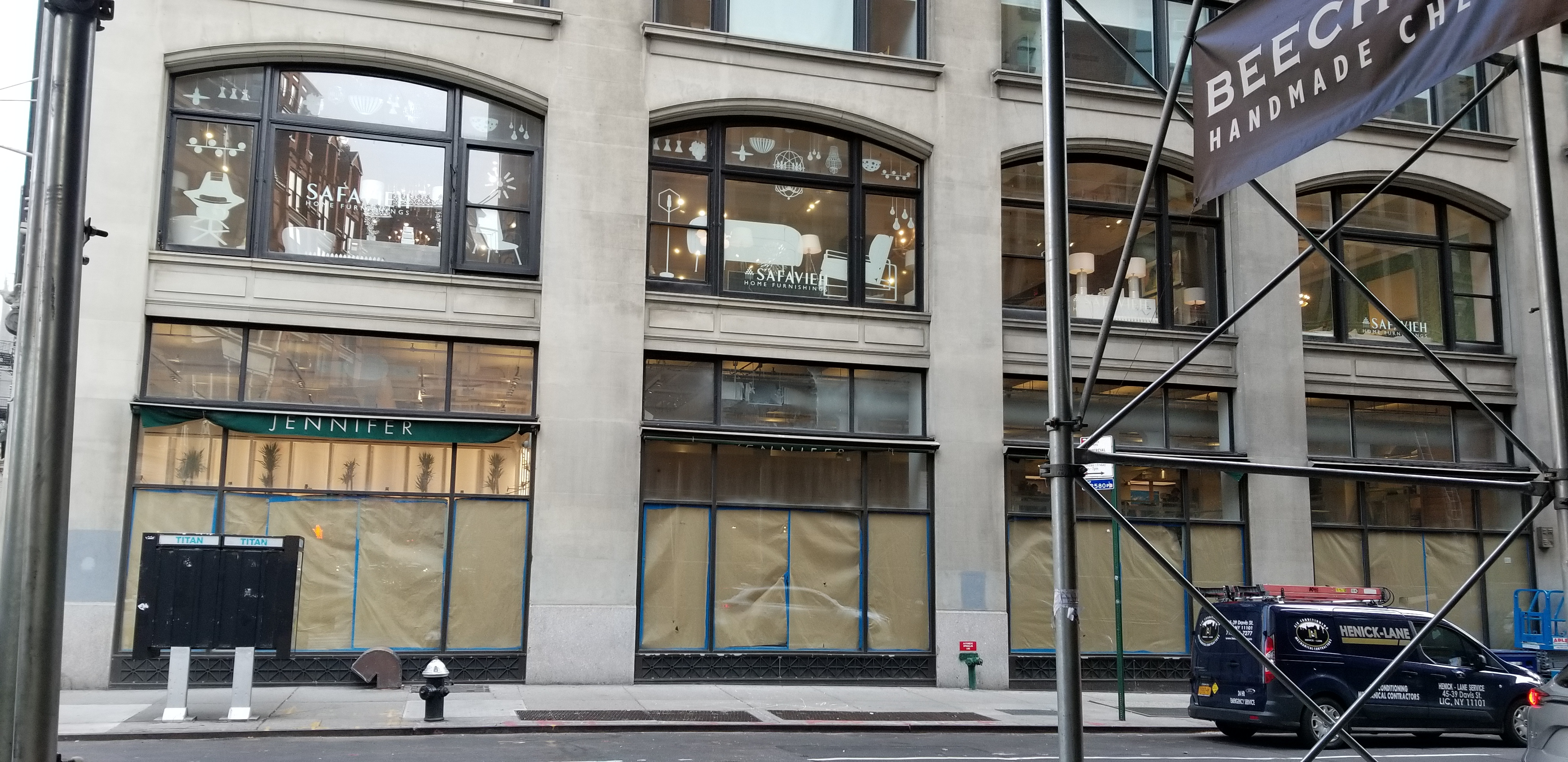 20181206 104227 WeWork Imminently Opening Retail Space at 902 Broadway [Updated]