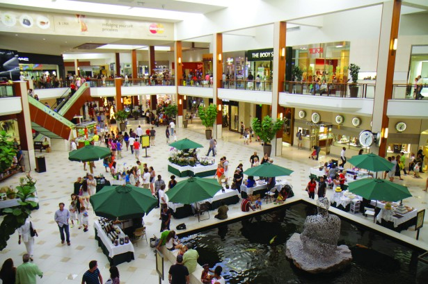 gettyimages 635713278 Malls Ousted From CMBS Conduits as Retail Sector Labors