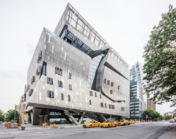 gettyimages 541340056 Cooper Union Makes Over $50M a Year From the Chrysler Building. But Is It Enough?