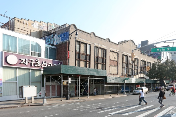 buildingphoto 12 MRC Lends $30M for the Redevelopment of Queens RKO Keith Theater [Updated]
