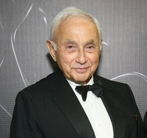 lesedit How Les Wexner Created the Richest Town in Ohio